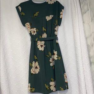 Francesca's Collections Dresses - Green floral dress